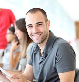 De opleiding Financieel Administratief Medewerker